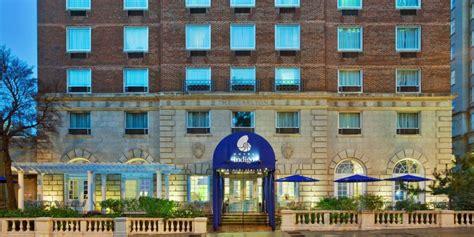 pet friendly hotels  atlanta  georgia tech hotel