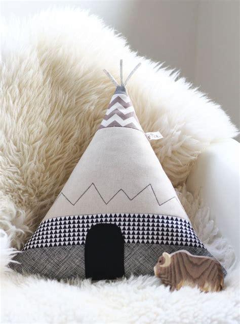 Tipi Zelt Kinderzimmer Dawanda by Kissenbez 252 Ge Tipi Zelt Kissen Pfiffiges Bison Ein