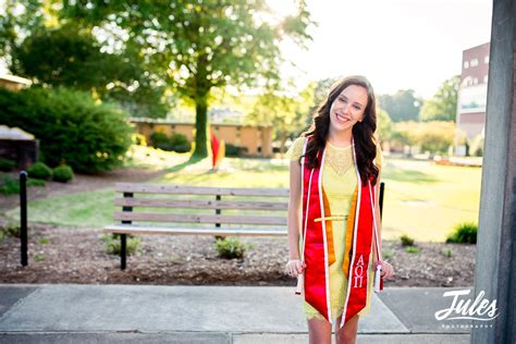 nickies college grad portraits kennesaw state