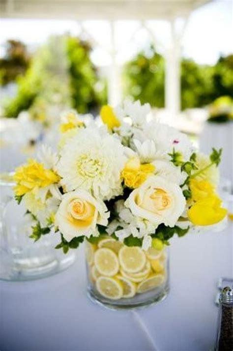 Blumen Hochzeit Dekorationsideenblumen Dekoidee Fuer Hochzeit by Gelbe Hochzeits Hochzeit Deko Ideen 805660 Weddbook