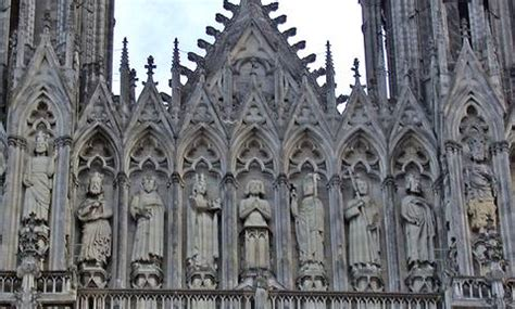 l accroche coeur reims magazine du tourisme 187 coup de coeur les 800 ans de la cath 233 drale de reims