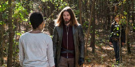 tom payne dylan the walking dead s jesus promises fans that season 8 is