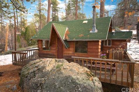 cabin in big 320 sq ft tiny cabin in big