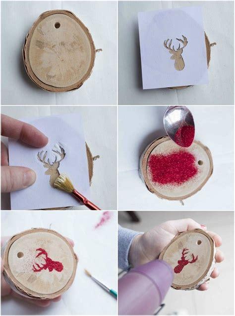 glitzer basteln ideen baumschmuck basteln naturmaterialien weihnachten holzscheiben glitzer basteln mit kindern