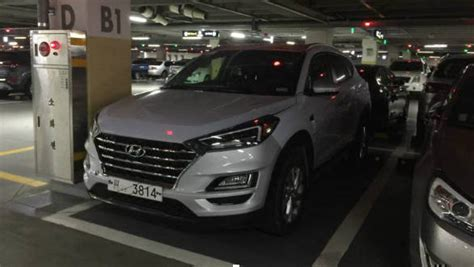 hyundai tucson facelift spotted undisguised  south