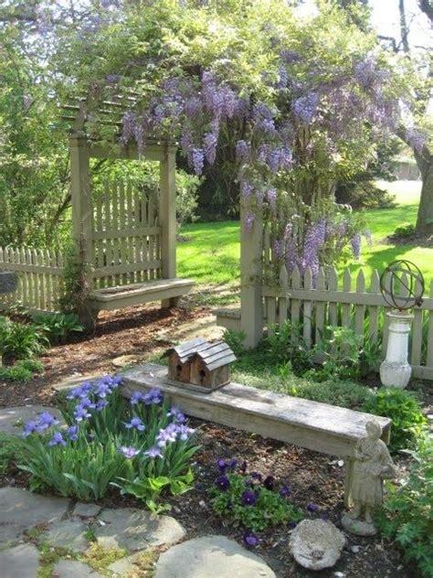 Things Love Garden Benches Beautiful Climbing