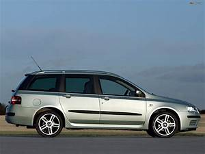 Fiat Stilo 2002 : fiat stilo multiwagon uk spec 192 2002 06 wallpapers 1600x1200 ~ Gottalentnigeria.com Avis de Voitures