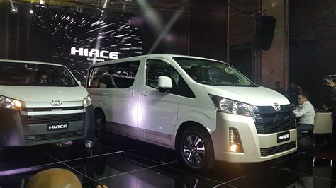 toyota hiace engines specs features