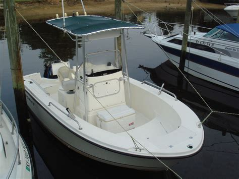 Trophy Boats 1903 Center Console price reduced 2003 trophy 1903 center console the hull