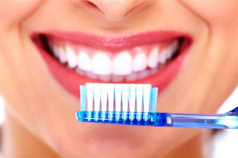 Should You Use A Waterpik Before Or After Brushing Teeth?