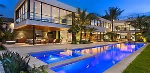 Magnifique villa contemporaine parsemee de palmiers au for La plus belle maison du monde avec piscine 6 magnifique villa contemporaine parsemee de palmiers au