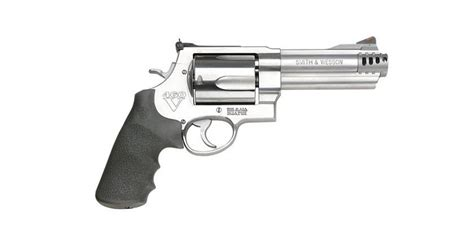 bear defense guns smith wesson ammo country 460v pistols market revolvers arms picks hand hunting wilderness survival today wideopenspaces