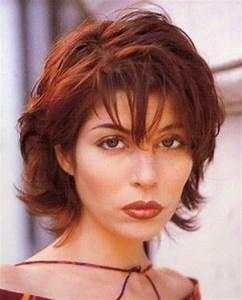Carré Court Frisé : modele coiffure carre court degrade ~ Melissatoandfro.com Idées de Décoration
