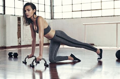gal gadot s workout routine and diet plan for born to workout