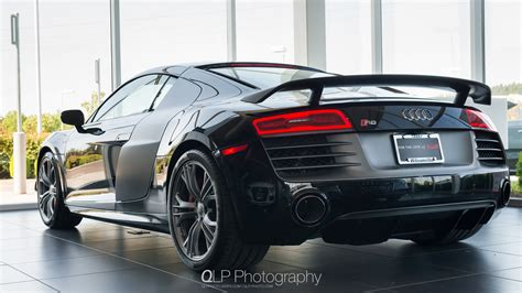 Mythos Black Audi R8 Competition Phone And Desktop