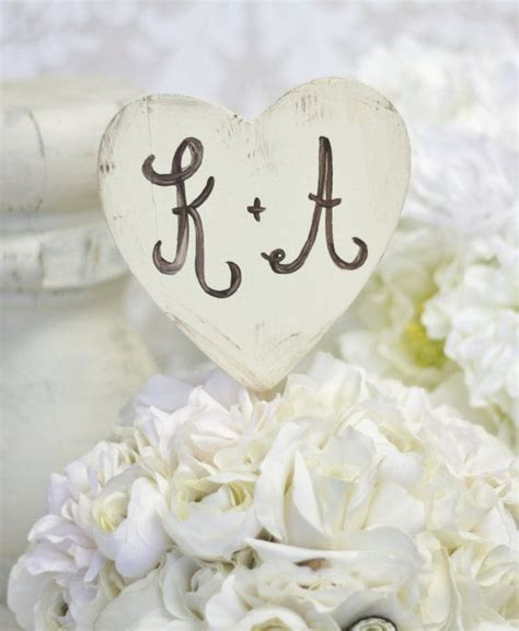 shabby chic cake topper 25 best ideas about personalized wedding cake toppers on pinterest custom cake toppers
