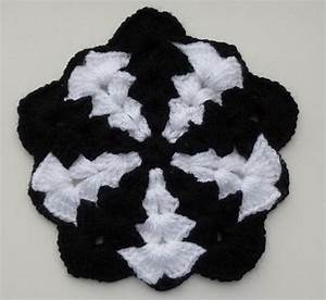Thick Pentagon Pattern By Crochet