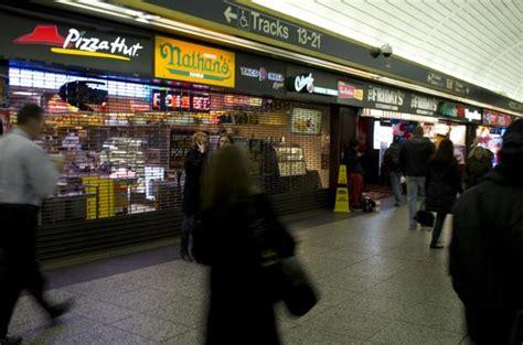 penn station pizza hut taco bell shut   health dept
