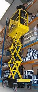 Youngman Boss X3 Access Platform For People  Electric Lift
