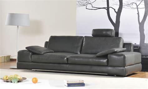 comment faire briller un canapé en cuir comment acheter un canapé cuir pas cher canapé