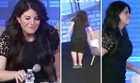 Usa News Awkward Moment Monica Lewinsky Walks Off Stage