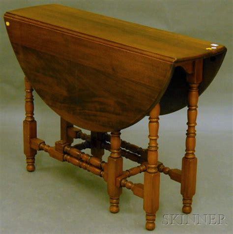 walnut drop leaf table william mary style mahogany and walnut drop leaf gate