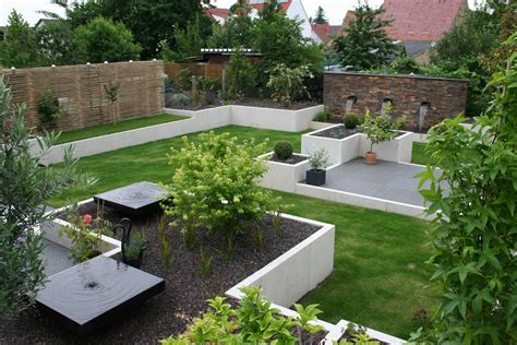 Im Garten Daheim Stein