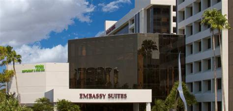 embassy suites palm gardens summer 2012 last minute deals at embassy suites palm