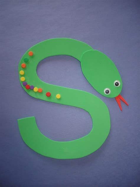 letter quot s quot snake use fruit loops or colored dot