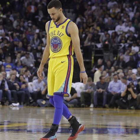 steph curry  wear  top shoes  ankle injury