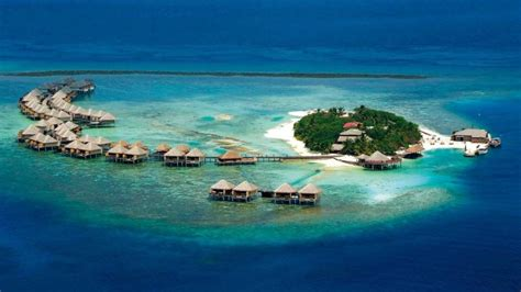 Overwater Bungalows Closest To The Us And Canada