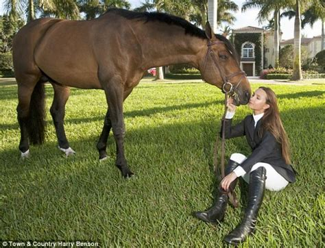 The 10 Different Types Of Horse Owners