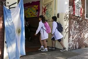 La Educaci U00f3n Argentina  De L U00edder Regional A La Mitad De