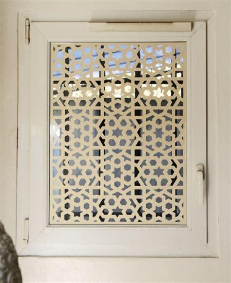 stickers pour fenetre cuisine rideau fenêtre habillage de fenêtre selon les pièces