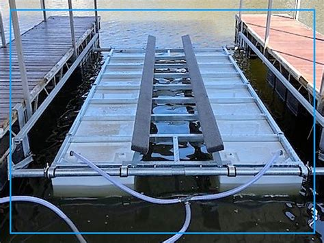 In Water Boat Lift by Boat Lift Sizes And Products Boat Hoist Sizes