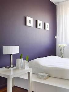 Lampe Chambre Adulte : couleur de peinture pour chambre violet fonc table ~ Teatrodelosmanantiales.com Idées de Décoration