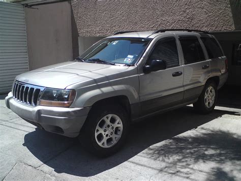 jeep grand cherokee laredo super  miles runs
