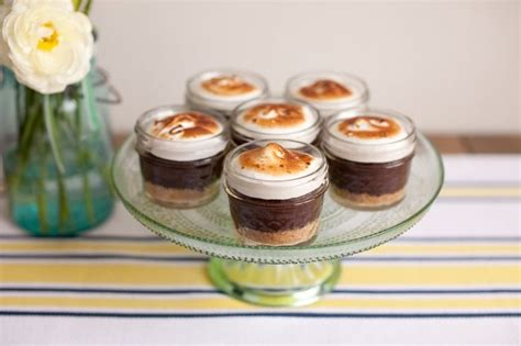 cupcake in a jar recipe 47 best cupcakes in mason jars images on pinterest jars kitchens and mason jars