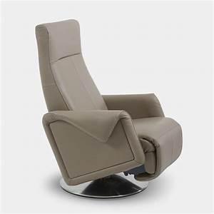 Fauteuil Pivotant Design : fauteuil de relaxation pivotant design everstyl lounger ~ Teatrodelosmanantiales.com Idées de Décoration