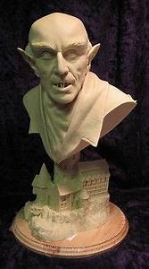 NOSFERATU (1922) Max Schreck RESIN Model Kit BUST w CASTLE ...
