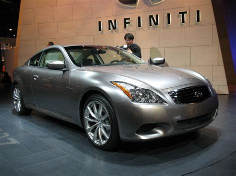 infiniti  coupe photo gallery autoblog