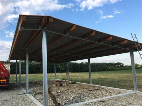 tettoia in ferro zincato foto tettoia in ferro zincato e legno di prometal di