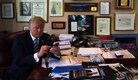what desk is trump using the ergonomics of trump s workstation ergonomicshelp com