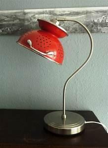 Ausgefallene Lampen Selber Bauen : aus einem sieb eine tischlampe gemacht upcycling diy m bel pinterest lampen tisch und ~ Markanthonyermac.com Haus und Dekorationen