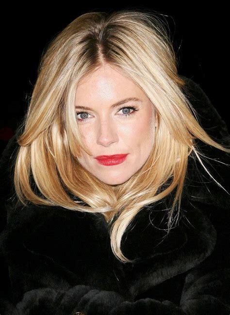 Sienna Miller Red Lip Chanel Lipstick In La Fascinante