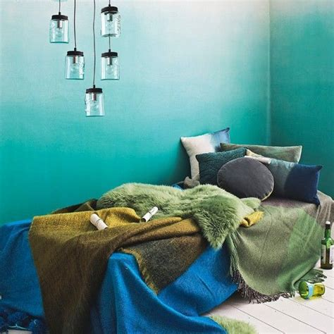 dreamy ombre wall decor ideas digsdigs