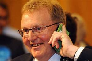 Conservatives hold onto only Tory MP in Scotland - Daily ...