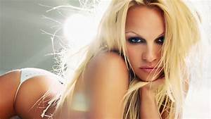 Pamela Anderson X : pamela anderson people say i look like celebrity lookalikes and impersonators ~ Medecine-chirurgie-esthetiques.com Avis de Voitures
