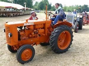 Materiel Agricole Ancien : les 25 meilleures id es de la cat gorie tracteurs anciens sur pinterest tracteur ancien d cor ~ Medecine-chirurgie-esthetiques.com Avis de Voitures