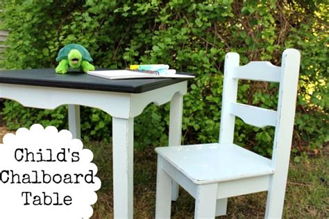 child s chalkboard table and chairs daisymaebelle